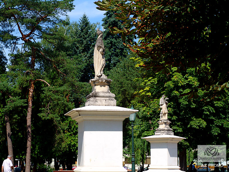 Bjelovar - stone statue in central park